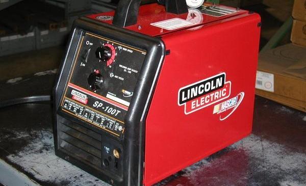lincoln-mig-welder